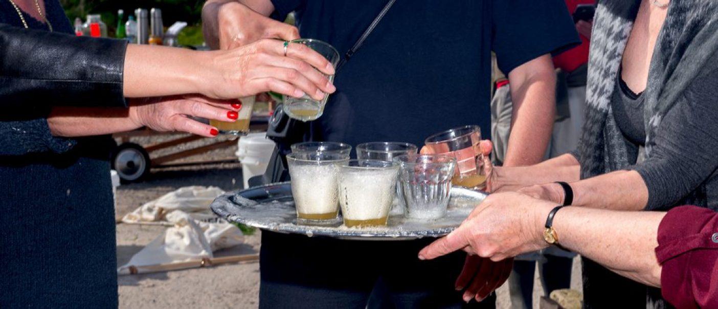 De Onkruidenier Roeg Bier Inschenken