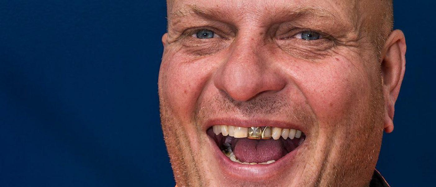 NEXUS Van Oord Chico Bolt Gouden tanden kabellegschip